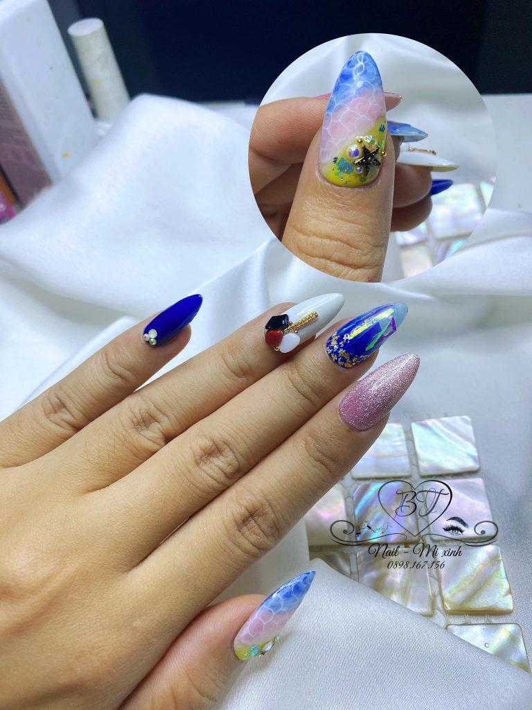 Học nails online - Học sơn móng tay, ẩn xà cừ